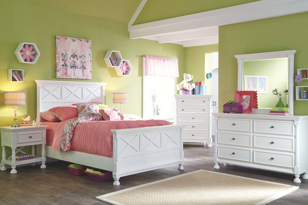 Kaslyn Queen Panel Bed Ashley Furniture Homestore Big Girl