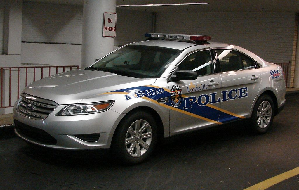 Louisville Metro PD, Ford Taurus | Police Vehicles | Ford