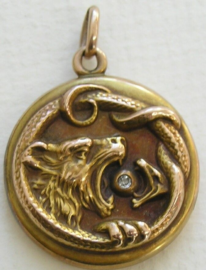 Antique Wildcat Diamond Snake 10k Gold Locket 673—882 pixels