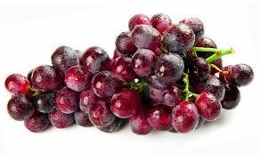 Manfaat Buah Anggur Merah Kulit