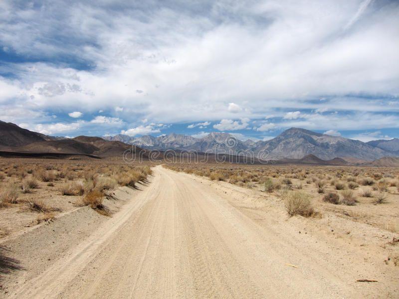 Desert Road Landscape Endless And Empty Desert Road Landscape Sponsored Landscape Road Desert Desert Empty Ad Desert Road Landscape Road
