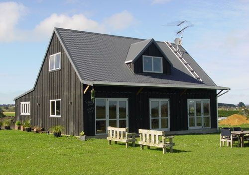 Customkit High Quality Wooden Houses House Barns Barn With Accommodation