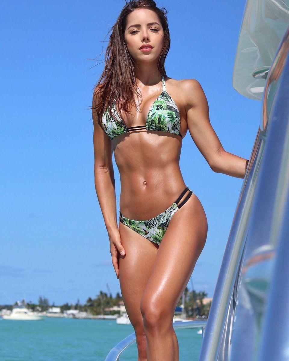 Silvy Araujo Chicas En Bikini Fotos En Bikini Bikinis Sexis
