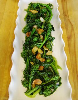 Ina Garten Broccoli http://www.foodnetwork/recipes/ina-garten/broccoli-with-garlic