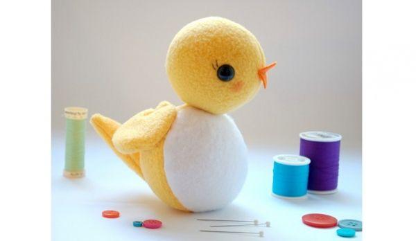 Free pattern: Circle bird softie