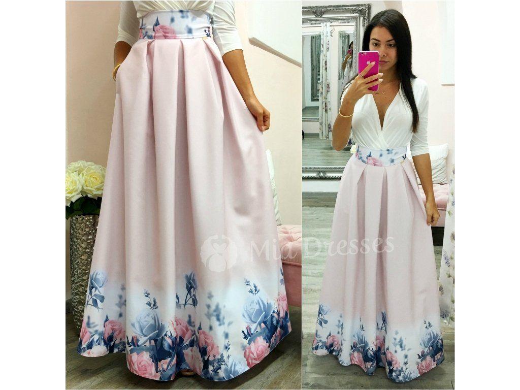 Táto dlhá kvetinová áčková sukňa si krásne drží tvar vďaka spodničke ... 728aa4028f6