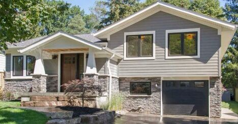 Updated Side Split With Craftsman Details Photo Curtesy Burlingtonhomevalues Org More In 2020 Exterior House Remodel Split Level Remodel Exterior House Exterior