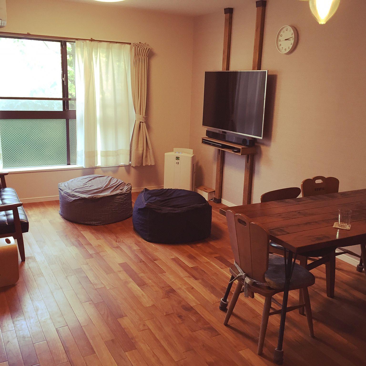 Pin By Chirine Khalaf On Home Interior: 4LDK、家族住まいの無印良品/DIY/ディアウォール/シンプル/リビングについてのインテリア実例を紹介。