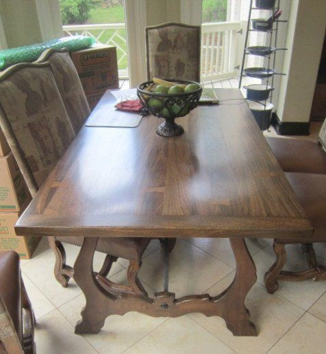 Kriess Collection Table And Chairs 4304 Warner Place Nashville TN 37205 July