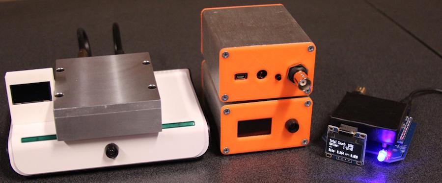 An easy-to-build desktop muon detector