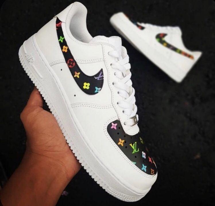 White nike shoes, Hype shoes, Nike air