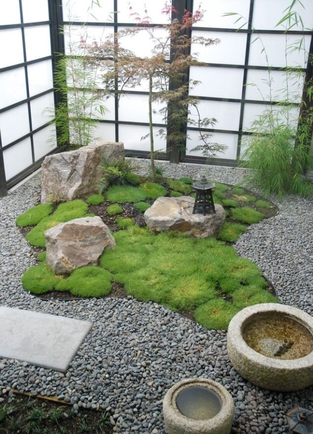 Daft And Compact Japanese Garden With Shoji Screens Perfect For The  Contemporary Home. * I Like The Moss Garden In The Courtyard Idea.