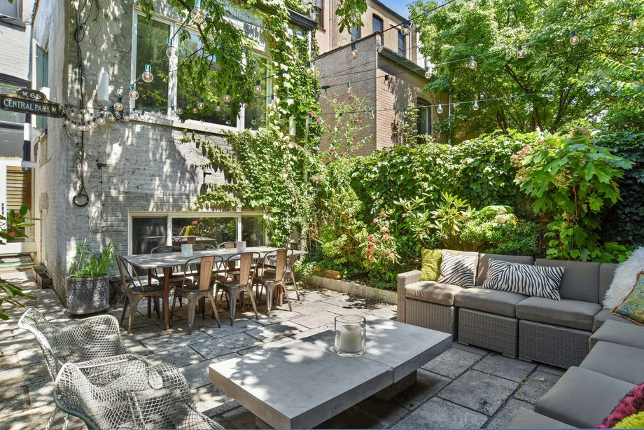 Backyard Park Slope - BACKYARD HOME