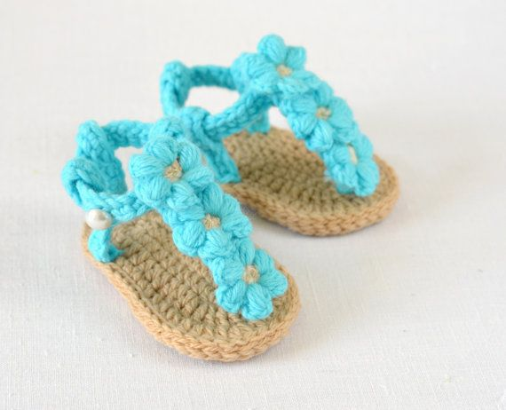CROCHET PATTERN Baby Sandals with Little Puff Flowers ...