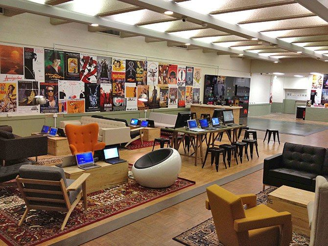 Microsoft Sponsors Tech Lounges At Four Australian Universities Student Lounge School Library Design Modern Classroom