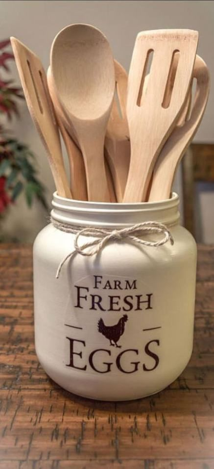 43 ideas kitchen rustic diy utensil holder for 2019 kitchen vintage kitchen decor country on farmhouse kitchen utensils id=70089