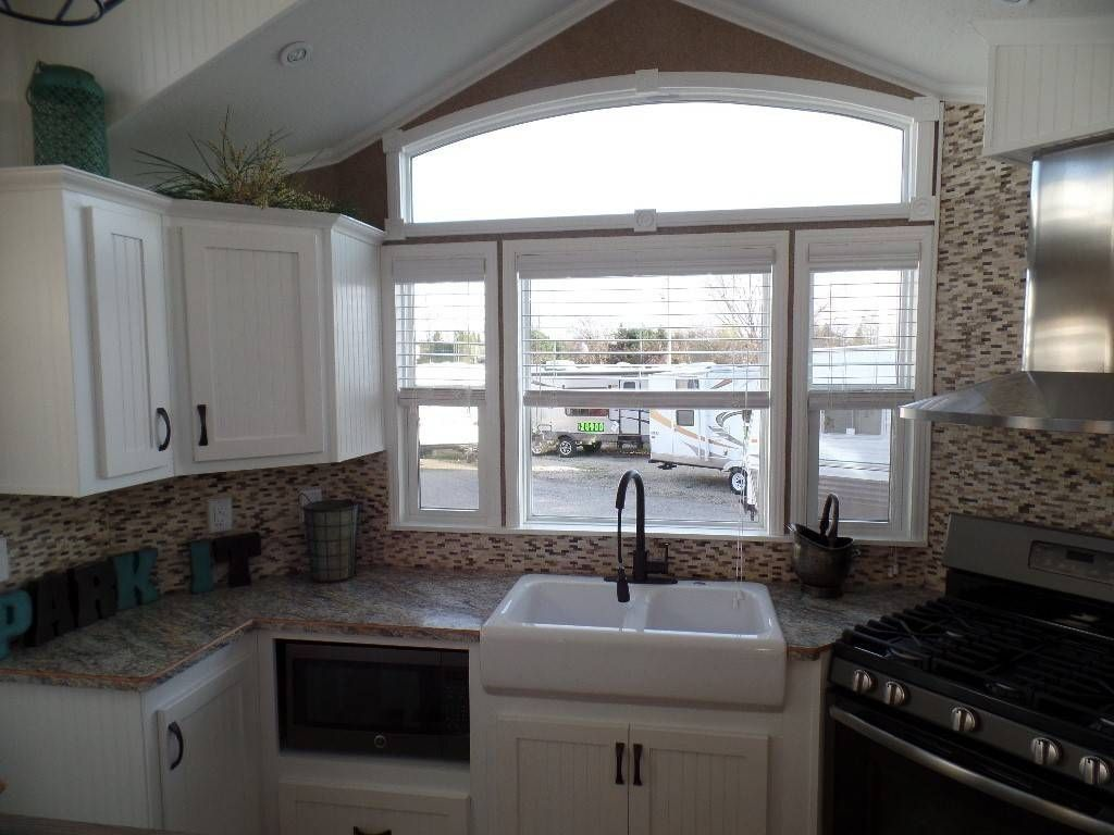 Check Out This 2016 Kropf Island Super Double Loft 5062 Front Kitchen Listing In Milton Wi