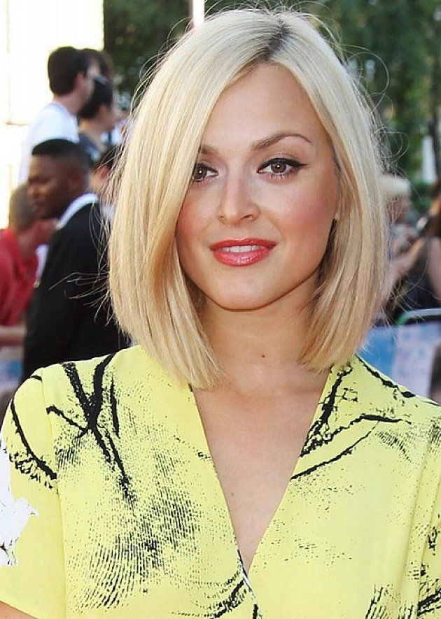 Hairstyles for Medium to Long Hair for Round Faces: Blonde Bob ...