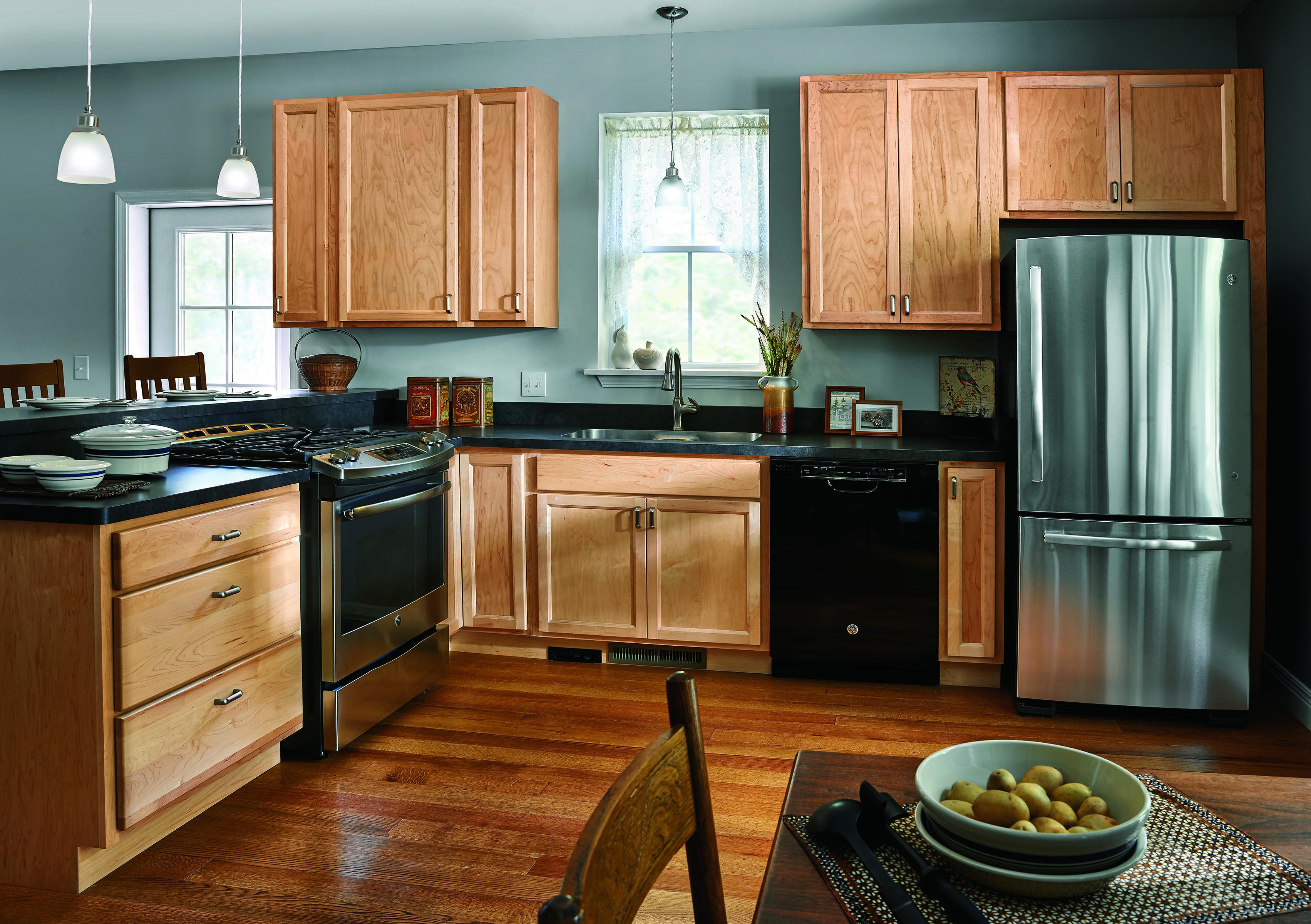 Door Style Valley Wood Species Maple Finish Natural C Haas Cabinet Kitchen Design Kitchen Kitchen Cabinets