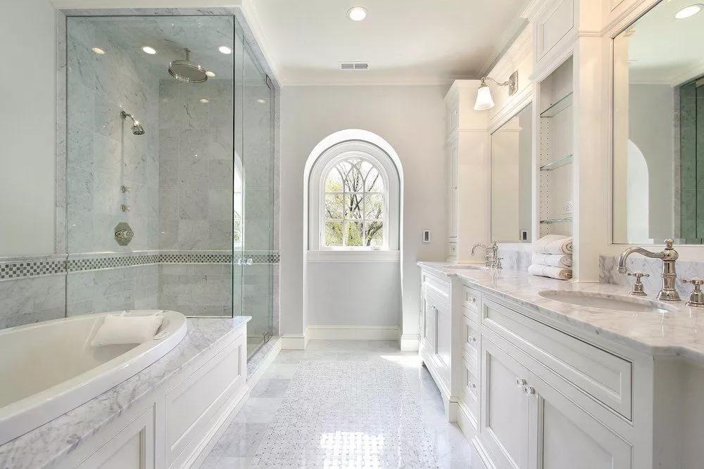 33 Elegant White Master Bathroom Ideas 2020 Photos White