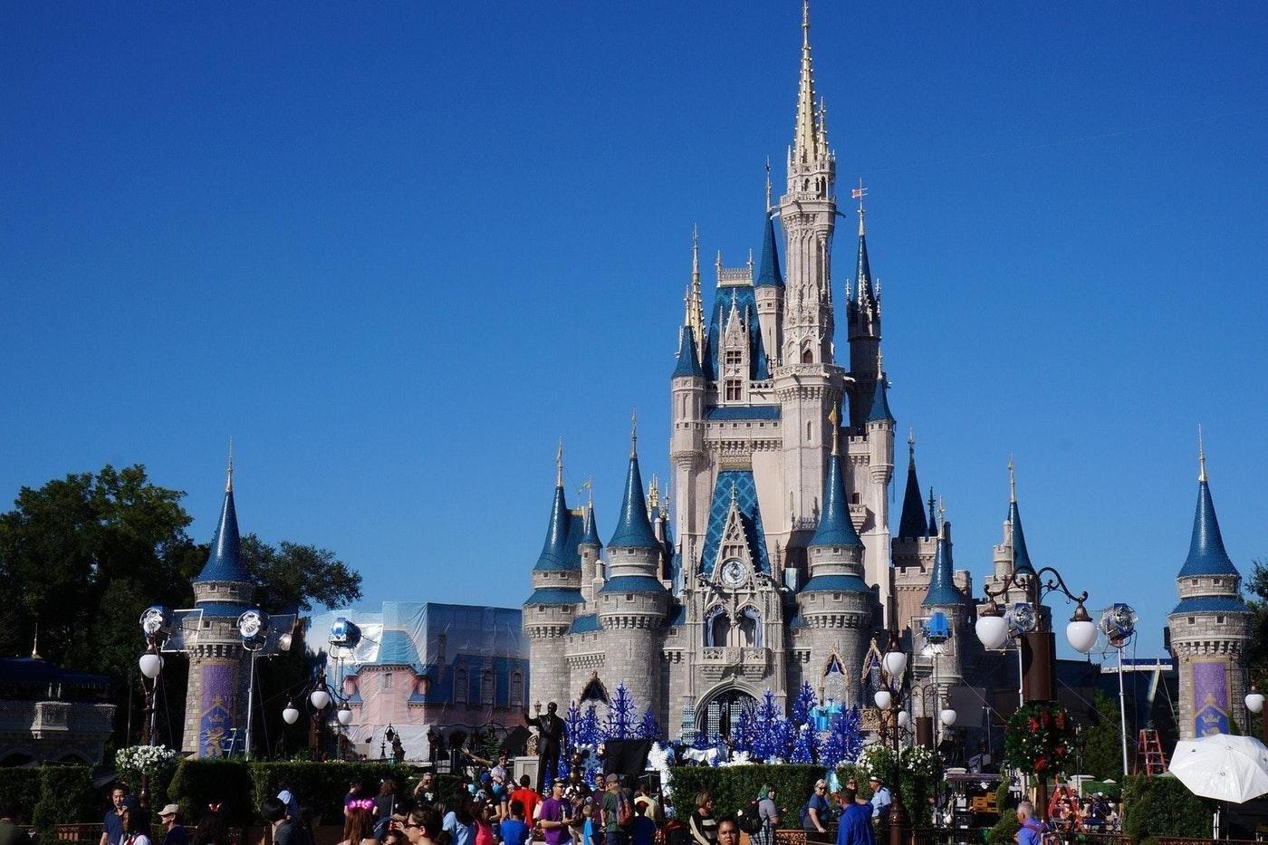 The Art of Mastering Disney World Restaurants #angelsfoodparadise | Disney world restaurants, Orlando theme parks, Magic kingdom