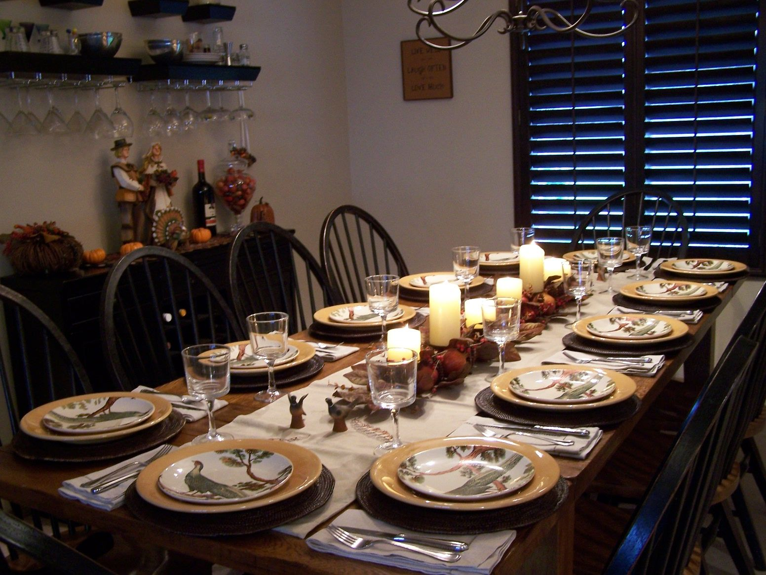 Lovely Decoration:Inspiring Home Decorations With Thanksgiving Dinner Table  Setting Together With Plates And Glass Also Candles And This Creative  Thanksgiving ...