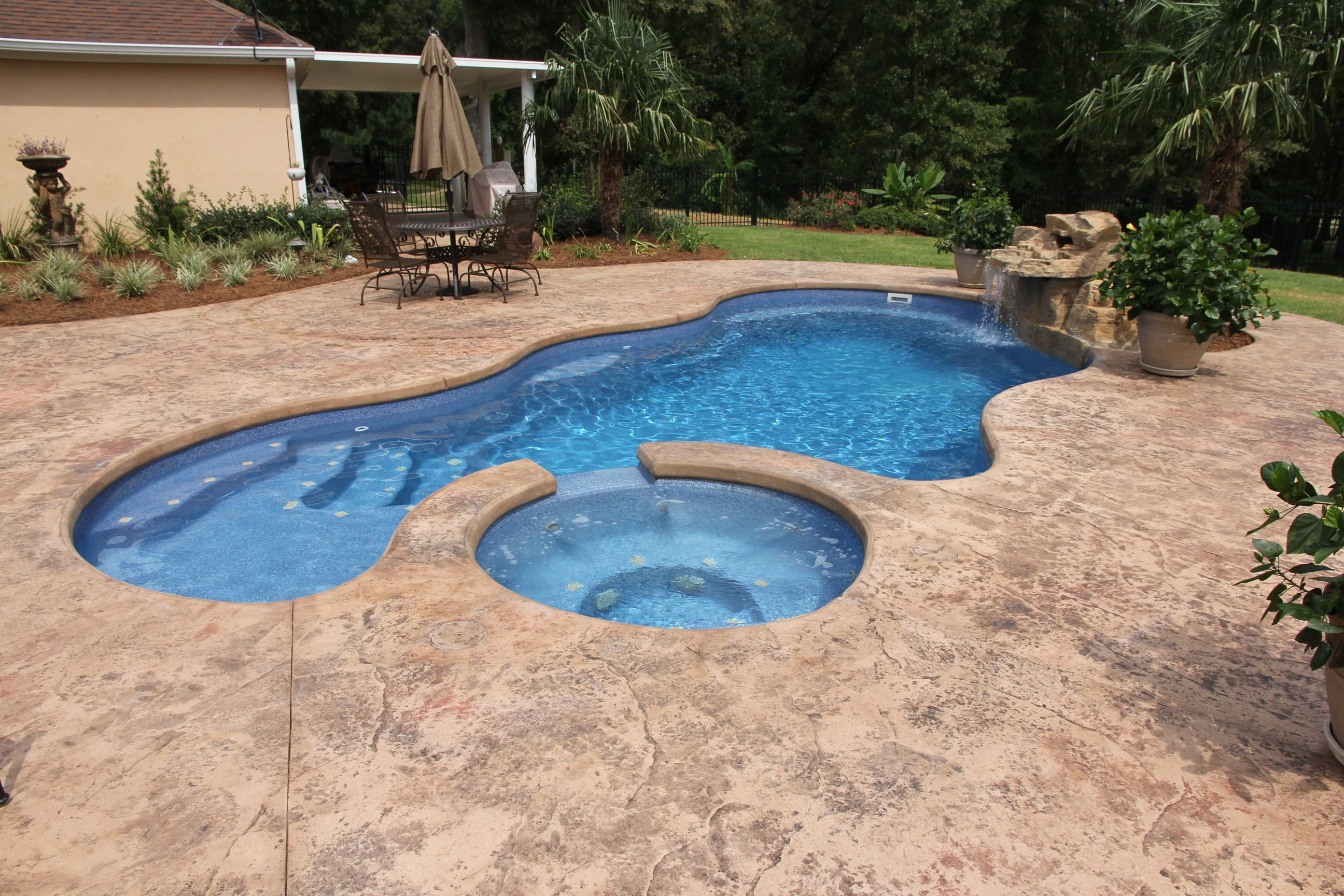 Viking Fibergl Pools By Dolphin Of West Monroe Rico Rock Waterfall Spa R Manufactured Trilogy
