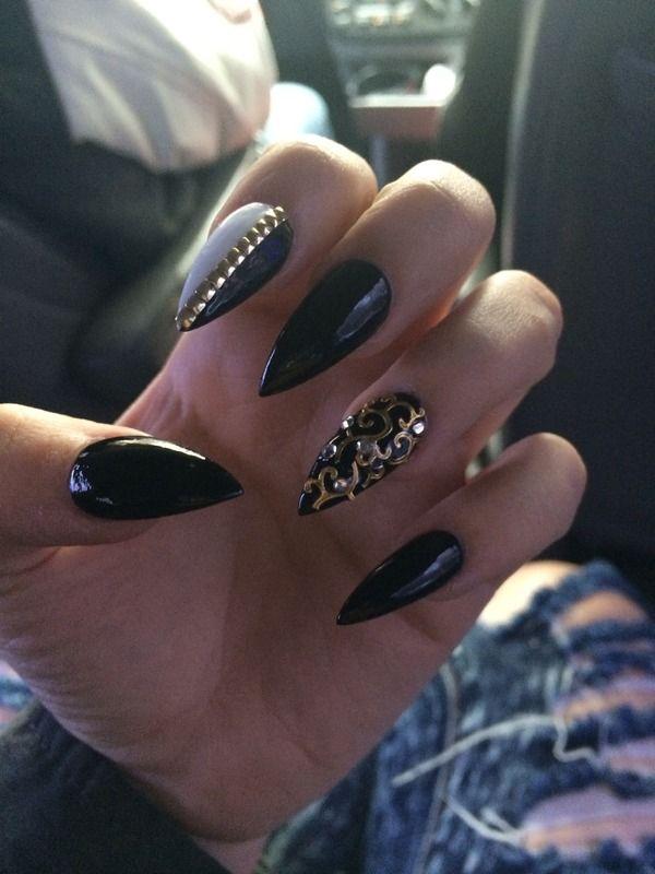 Black Gold Stiletto Nails Pointy Nails Gold Stiletto Nails Stiletto Nails Designs
