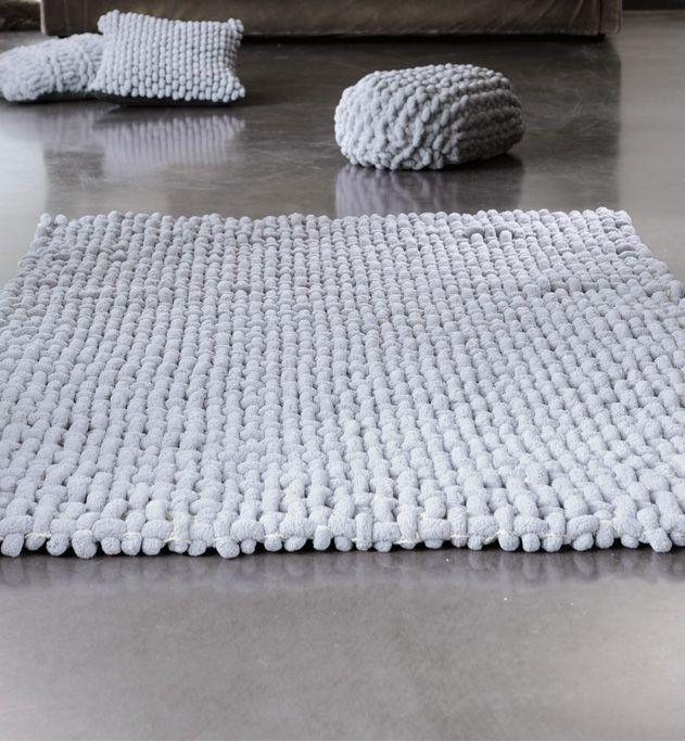 mod le tapis de sol petit tapis de sol en tissage une grille de fond au crochet en iliade et un. Black Bedroom Furniture Sets. Home Design Ideas