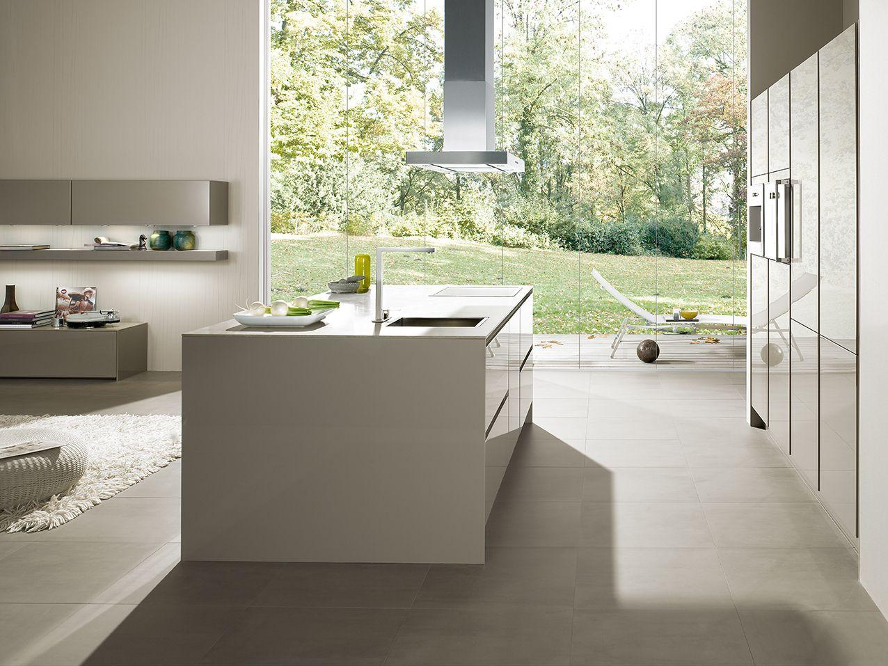 SieMatic Küche hochglänzend mit Insel grau   AMBIENTE / INTERIOR ...