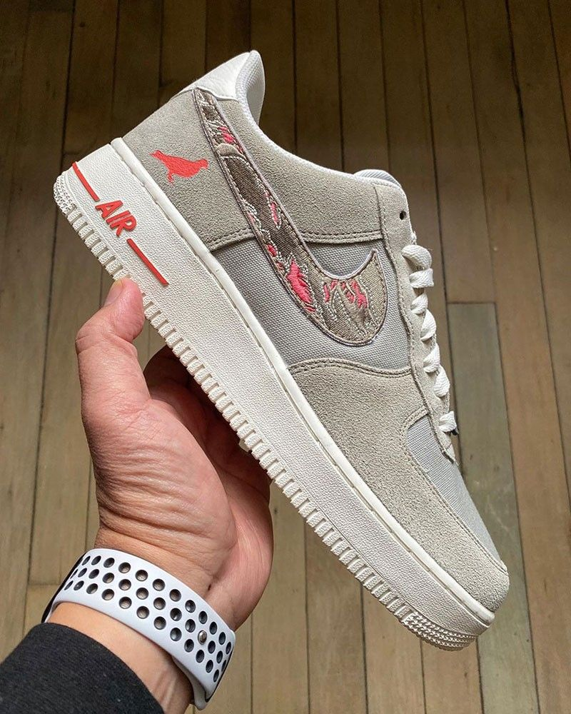 Nike Air Force order trainers easily online at KICKZ