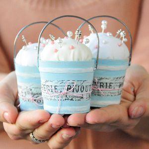 Pint Sized Pincushions