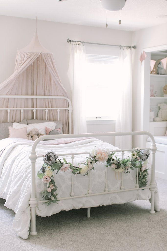 blush  grey flower garland  toddler girl bedroom reveal