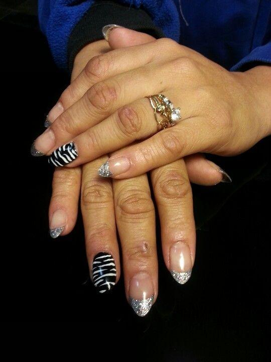 glitter tips and zebra!