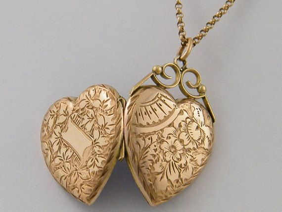 Gold C1860 9k Antique Rose Locket Victorian Necklace