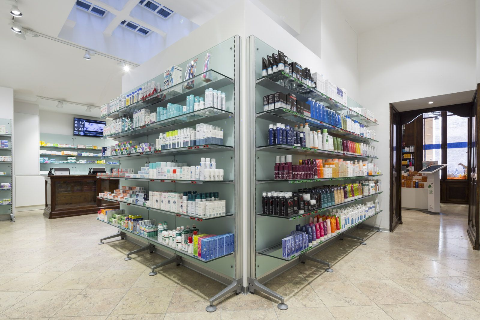 Pharmacy Zarri 1814 Bologna Th Kohl Furnitures In Italy  # Kohl Muebles Farmacia
