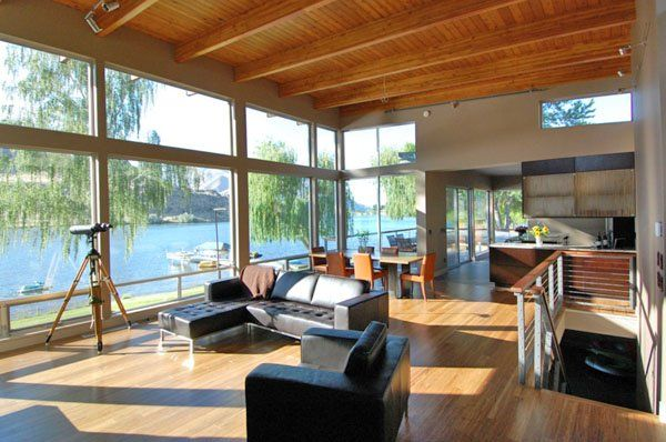 Extensive glass; amazing view from second floor. Beautiful lake house retreat on the Columbia River