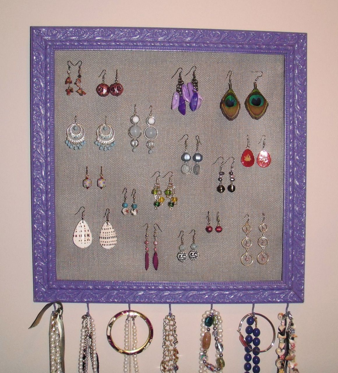 How to Make a Picture Frame Jewelry Organizerand tips and tricks