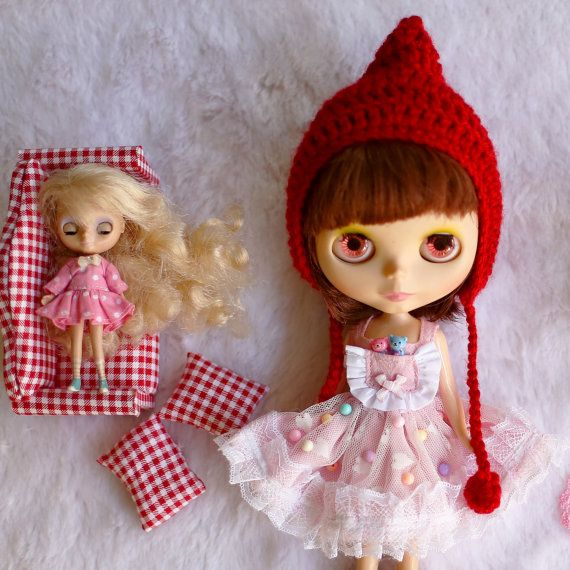 Dresses for Neo Blythe. by RabbitinthemoonThai on Etsy