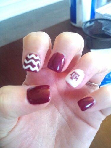 Pin By Korina Vernier On Football Texas Nails Nails Hello Nails
