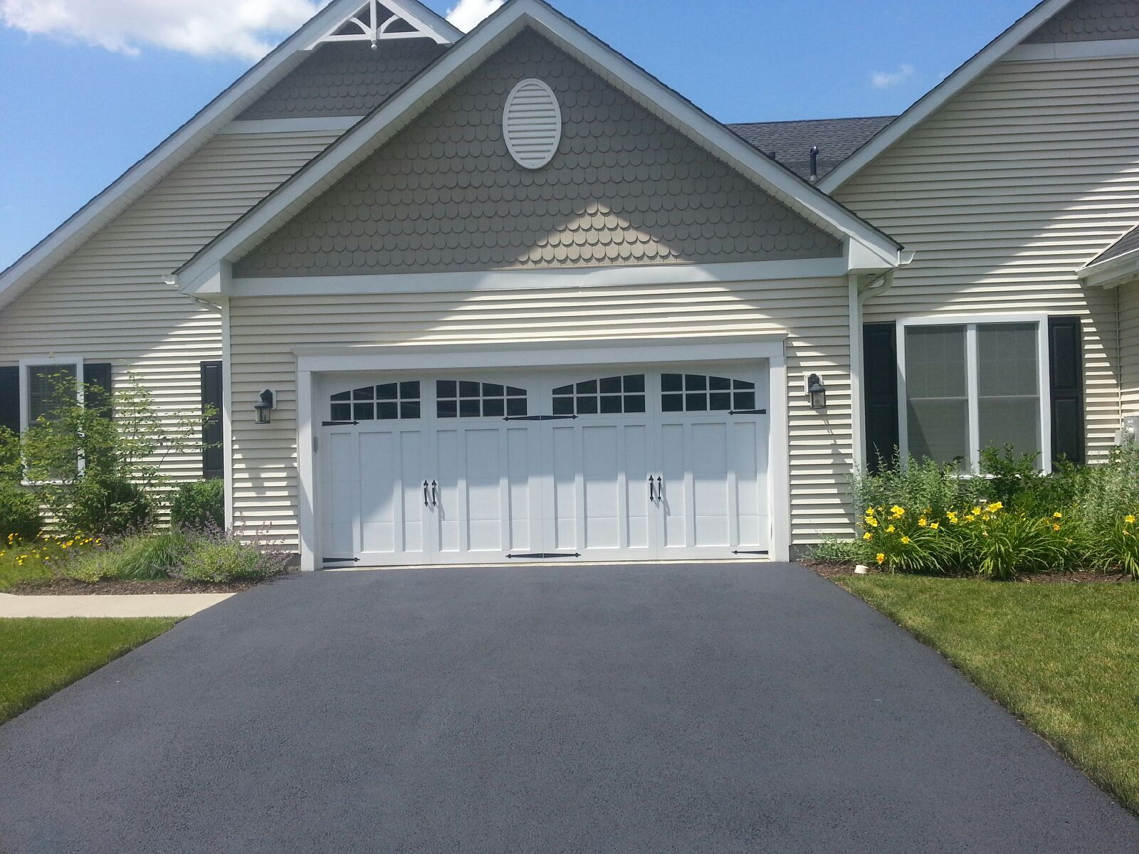 CHI Overhead Doors Steel Carriage House Series Cold Spring, NY Installed By  Dutchess