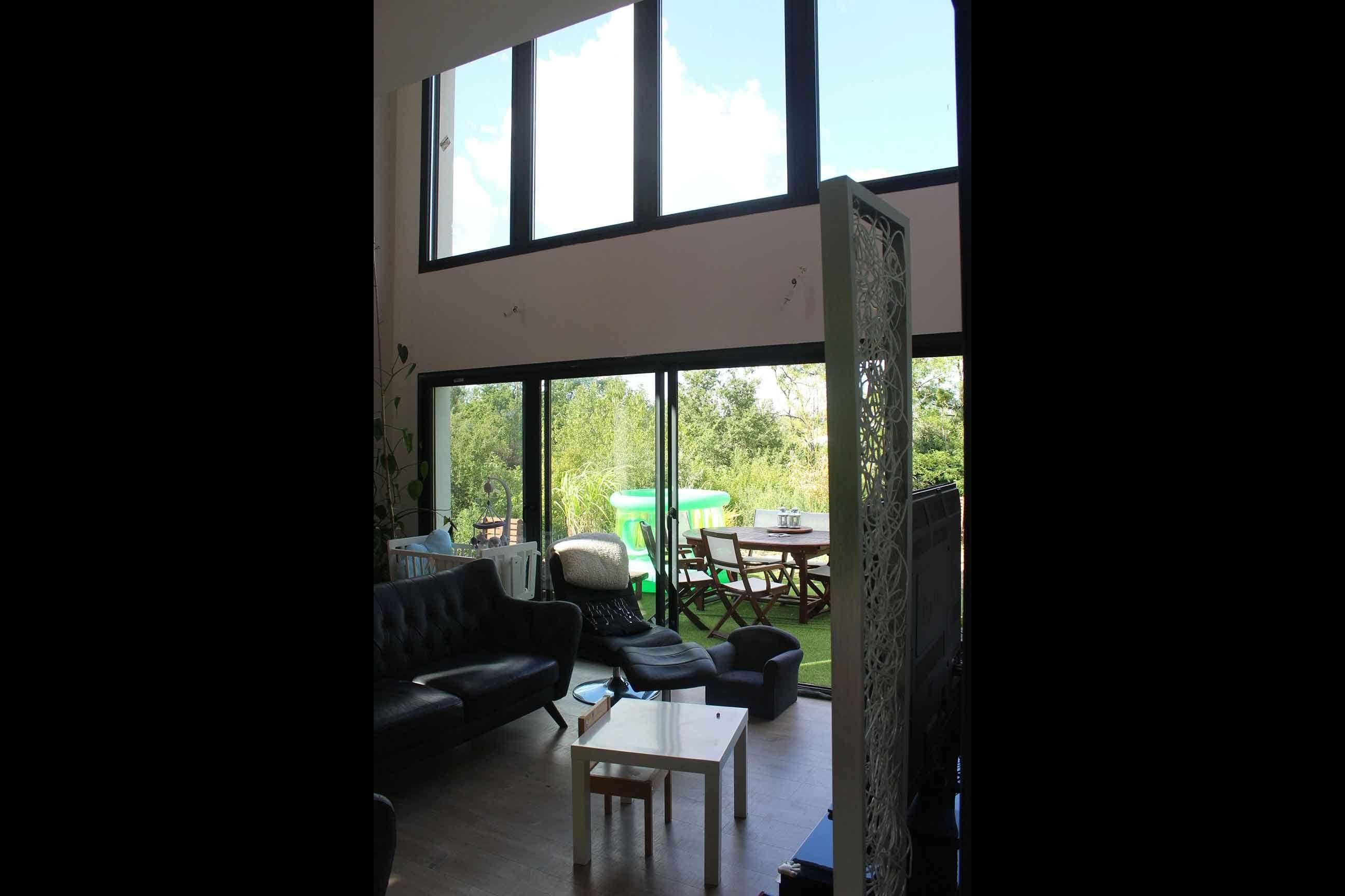 atelier d 39 architecture sc nario maison contemporaine toit monopente baie vitr e double. Black Bedroom Furniture Sets. Home Design Ideas