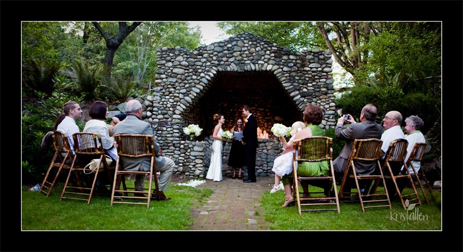 A Few Photos From Ashley And Ben S Beautiful Wedding Last Night At St Edwards State Park In Bothell