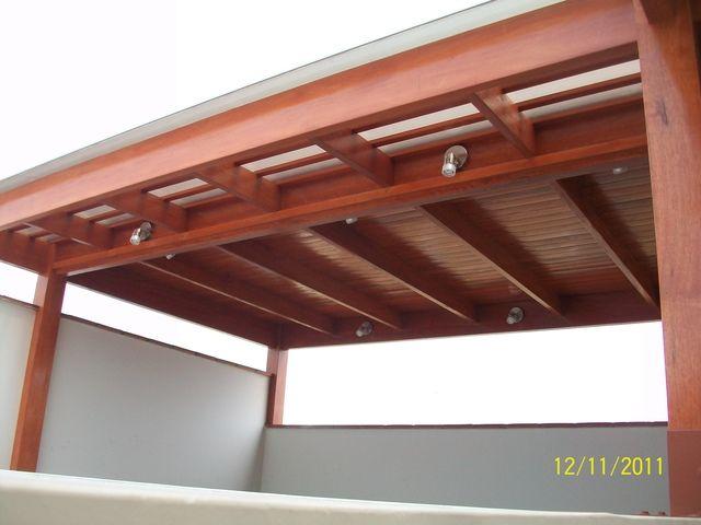 Techos de madera cali otros servicios en lima techos - Lamparas para techos con vigas de madera ...