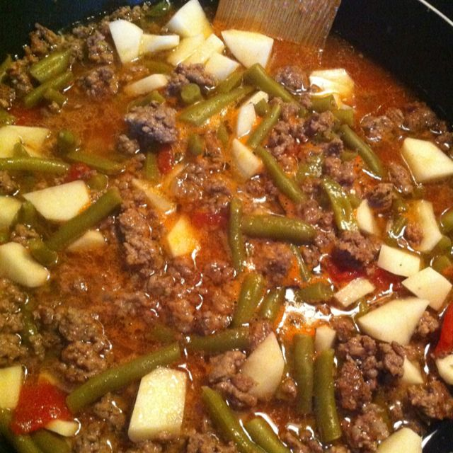Ground Beef Potatoes And Green Beans Hadn T Made This In Years Mexican Food Recipes Best Dinner Recipes Food