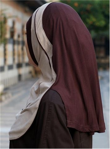 Finesse Hijab Brown Camel color At last, modest sports hijabs for Muslim women! Feel secure and modest whilst giving your body its rights to exercise. SHUKR's unique sports hijabs fit securely, but comfortably around the face, and have extended front and back sections to cover you completely. There is also an inside supportive band which is worn to the back of the head for extra stability.