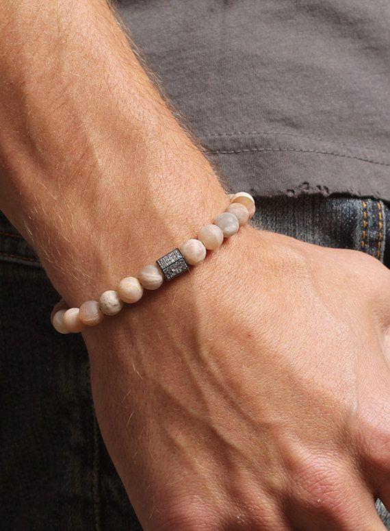 herren armband perlen armband f r m nner von weareallsmith necklaces and bracelets. Black Bedroom Furniture Sets. Home Design Ideas