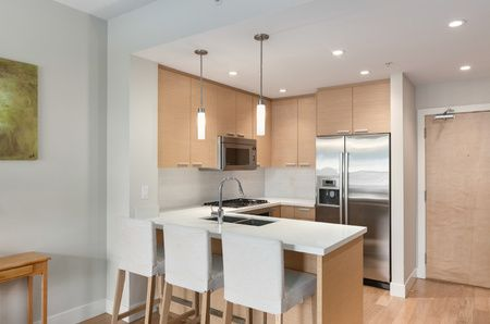 A Superb Kits Location, W/ High End Quartz Kitchen Counters, Premium Bosch Stainless  Steel Appliances, Soft Close Ceilings With Beautiful Hardwood Floors.