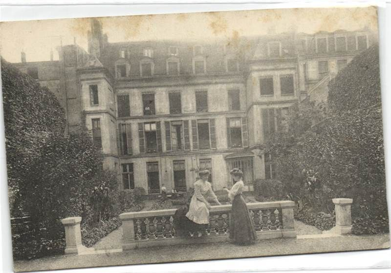 urbitrend-collectables - 1 carte postale France DEP 75 Paris District 03 Cercle Amicitia La Maison Vue Du Jardin Restaurant, €5.00