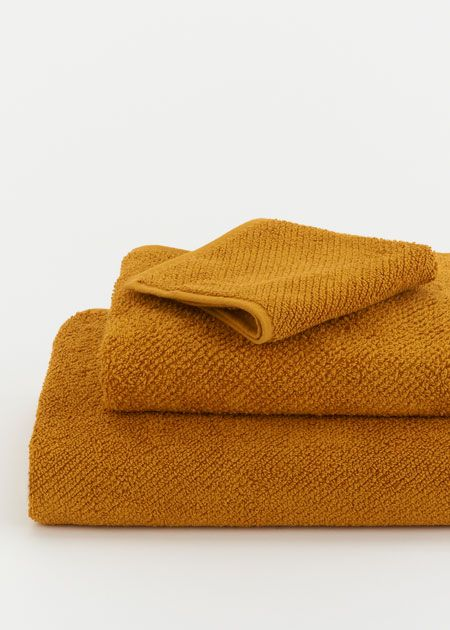 Air Weight Bath Towel Collection Mustard Towel Collection Mustard Bath Towel